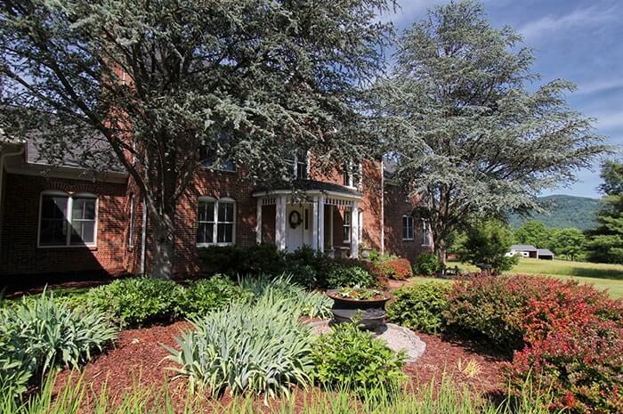 Upscale Family Home & Small Equestrian Estate